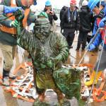 お帰り「おえびすさん」、宮城 大震災津波で流され海…